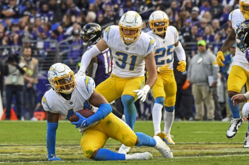 Chargers open as 5.5-point favorites over the Patriots on Halloween