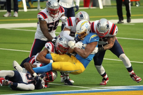 Patriots enter Week 8 listed as 5.5-point underdogs to the Chargers