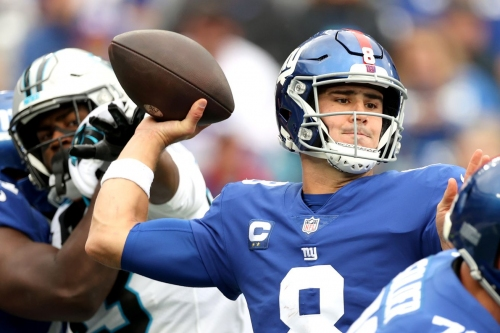 Giants vs. Panthers 'Kudos and Wet Willies' review: Daniel Jones, Giants catch a victory