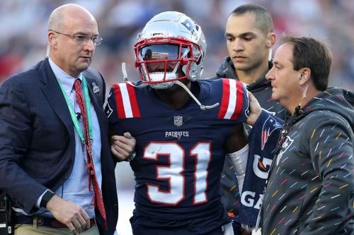 Report: Jonathan Jones set for season-ending shoulder surgery