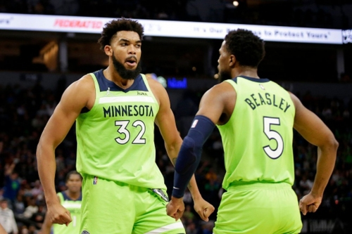 Game Preview #3: Pelicans at Wolves