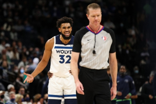 Pelicans 107, Wolves 98: Disaster in Downtown Minneapolis