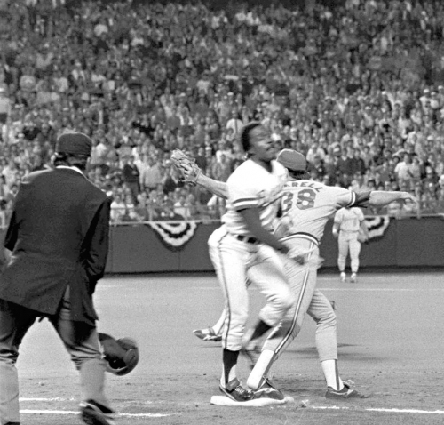 Oct. 26, 1985: The day Don Denkinger robbed the Cardinals blind