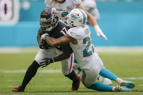 Week 7 AFC East Recap: Patriots trounce Jets, Dolphins fall to 1-6 Despite Tua's best efforts