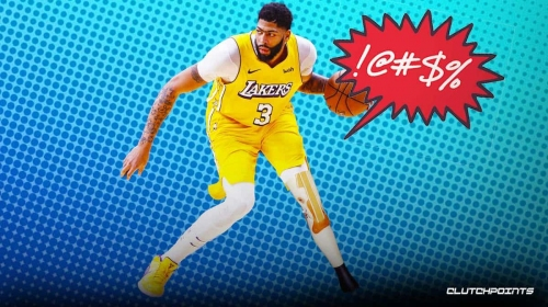 Lakers' Anthony Davis goes down with knee injury scare vs. Spurs