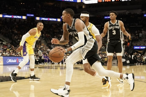 San Antonio vs. Los Angeles, Final Score: Spurs fall in OT thriller to Lakers, 125-121