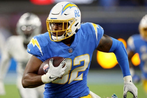 Examining the roster ties between Patriots, Chargers ahead of Week 8