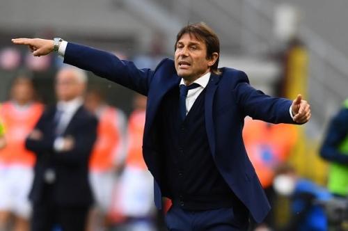 Manchester United sent Antonio Conte warning as Ole Gunnar Solskjaer pressure mounts