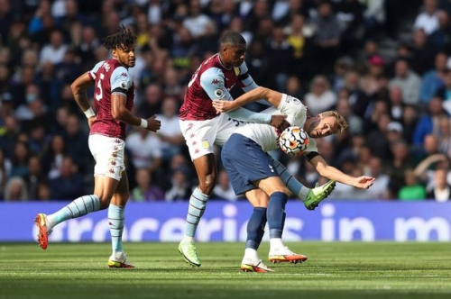 The Aston Villa rot which Kortney Hause can stop against West Ham