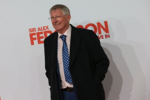 Manchester United legend Sir Alex Ferguson gives coaching advice to students