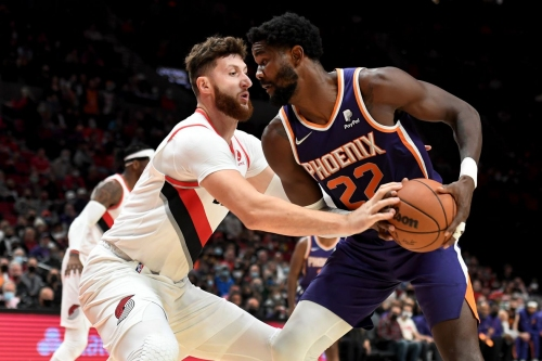 Are all the Suns unfocused, or is it just Deandre Ayton?