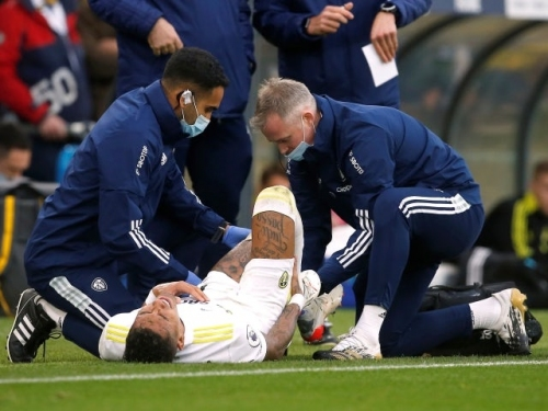 Leeds United winger Raphinha 'could be out for three to five weeks'