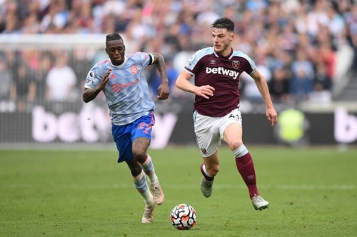 Declan Rice told to ignore Manchester United move for FOUR years