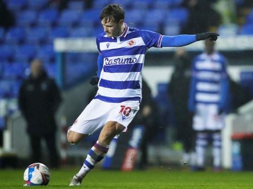 Brentford join Leeds United, Newcastle United in race for John Swift?