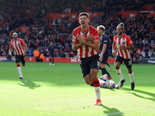 Chelsea 'could recall Armando Broja from Southampton in January'