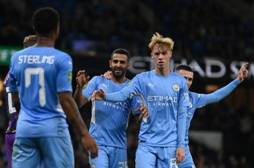 Manchester City fans say the same thing as Raheem Sterling and Cole Palmer start vs West Ham