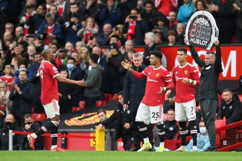 Premier League face pressure to change rule that will affect Manchester United and Man City