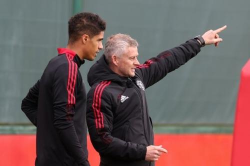 Raphael Varane back in training for Manchester United in huge boost for Ole Gunnar Solskjaer