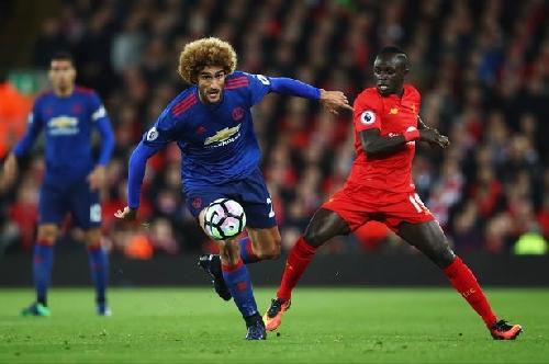 Manchester United midfielder Fellaini explains atmosphere under Mourinho