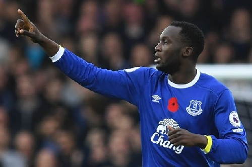 Everton can only keep Romelu Lukaku by getting in the Champions League, says Andy Gray