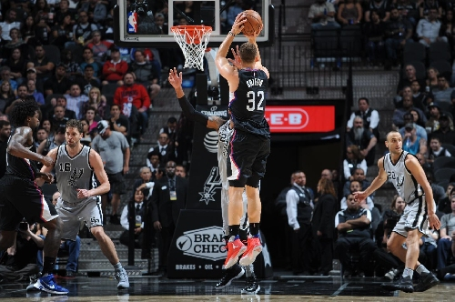 Griffin's season-high 28 lead Clippers in San Antonio 116-92 The Associated Press