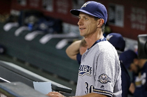 Brewers, manager Craig Counsell agree to 3-year extension The Associated Press