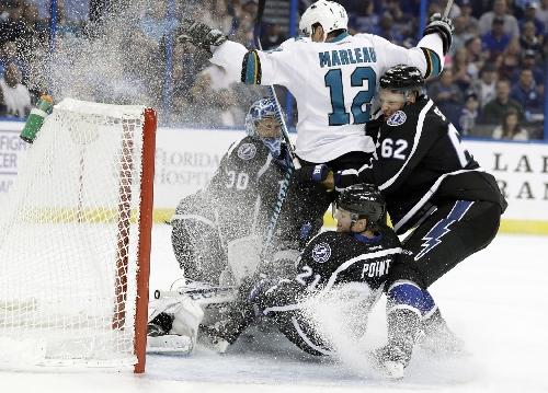 Marleau gets goal after 2 reviews, Sharks beat Lightning 3-1 The Associated Press
