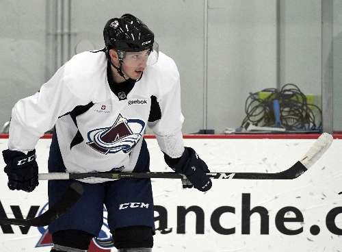 Avalanche's Matt Duchene back on ice wearing no-contact orange jersey
