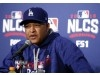 Dodgers' Dave Roberts wins NL Manager of the Year award