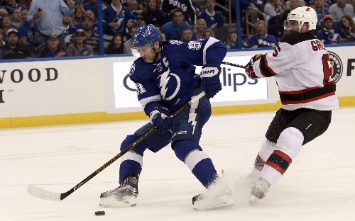 Stamkos returns to Tampa for evaluation of leg injury The Associated Press
