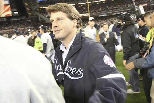 Hal Steinbrenner lays out Yankees' offseason spending plans, says bullpen 'top priority'