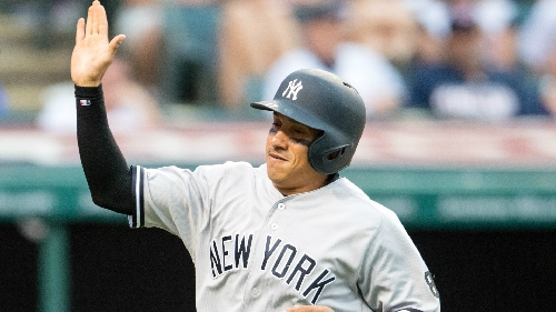 Astros acquire catcher McCann from Yankees