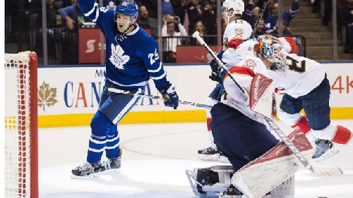 Maple Leafs turn ex-teammate James Reimer's return into 60-minute nightmare [Video]