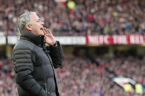 Manchester United pair Phil Jones and Marcos Rojo praised vs Arsenal