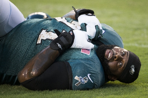 Jason Peter gets x-ray on forearm during Eagles game vs. Seattle Seahawks