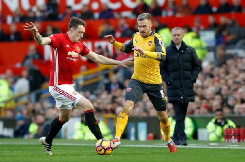Why Manchester United's Phil Jones had to delay his comeback