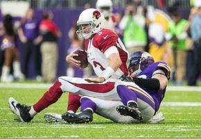 Cardinals protect Palmer until final minutes