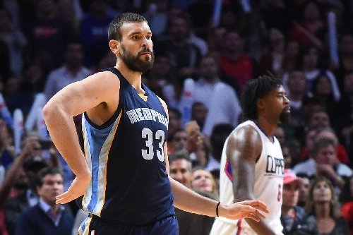 Marc Gasol and the NBA's biggest centers are shooting threes now