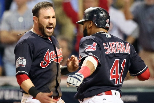 Does Cleveland Indians' Jason Kipnis strikeout looking too much? Hey, Hoynsie