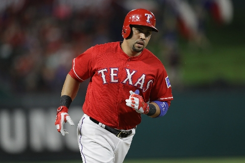 MLB hot stove: Yankees to compete with Red Sox, Astros for Carlos Beltran?