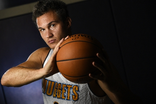 Danilo Gallinari sits out for Nuggets in Utah game with thigh injury
