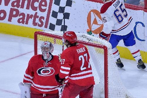 NHL scores 2016: Cam Ward's streak was broken by one bad mistake