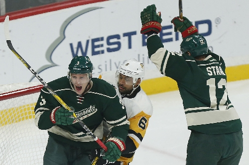 Wild's Charlie Coyle scores pair of goals in 1st to ignite 6-2 win over Penguins