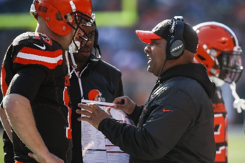 Browns coach Jackson emotional after 12th straight loss The Associated Press