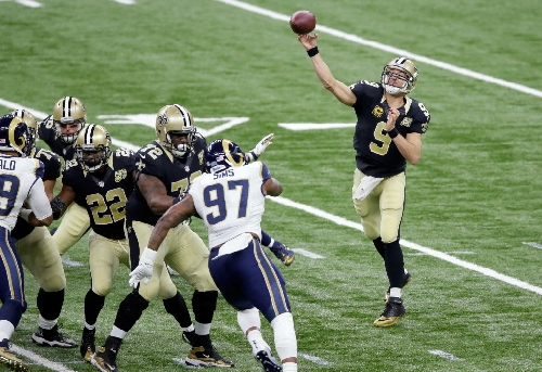 Drew Brees' career-long streaks continue against Rams, and other numbers
