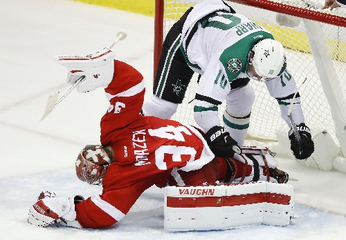 Red Wings notes: Petr Mrazek steps up in Jimmy Howard's absence