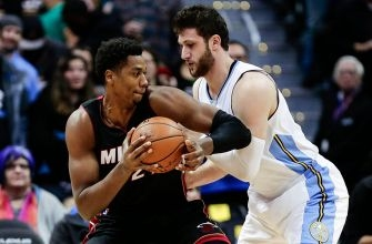 Whiteside, Ellington lead Heat to victory over Nuggets