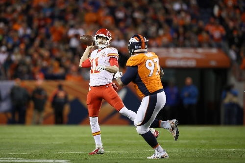 How are Alex Smith and the Chiefs all of a sudden so good in the fourth quarter?