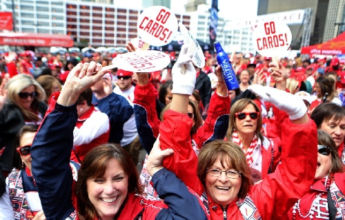 Chicago writer questions 'Best fans in baseball'