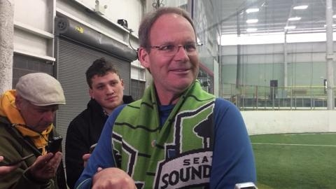 Schmetzer on Ozzie Alonso: 'I don't bet illegally, but if I was a betting man, he would play' in MLS Cup